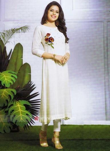 thread-embroidered-off-white-kurti-5018-800x1100